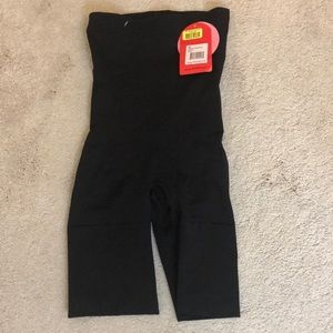 Spanx Slim Cognito size medium black